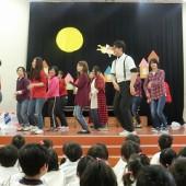 大人気の「恋ダンス」