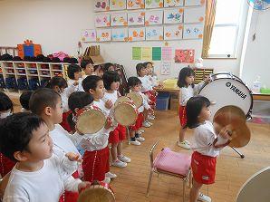年少 楽器遊び