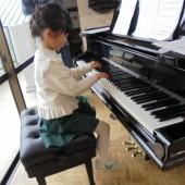 ピアノもとってもきれいな音色でした♪