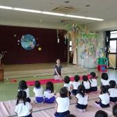 高山先生のお話を聞いています。