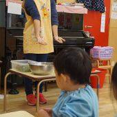 野菜の切り方、大きさを先生と考えました。