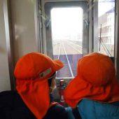帰りの南海電車では、1両目に乗って線路を見て帰りました。