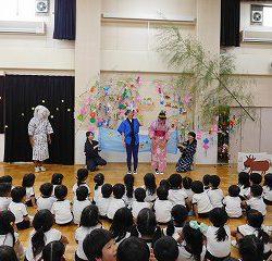 先生達の劇を一生懸命に見てくれた子ども達、ありがとう~(^o^)/
