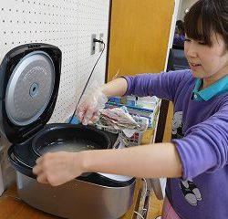炊飯器にセットして・・・