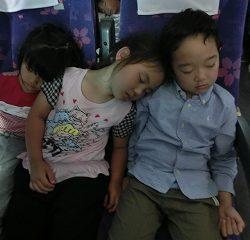 帰りはぐっすり眠っていました。