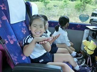 バスの中で忍者になりきったり・・