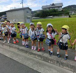 アクアピアから、幼稚園まで歩いて帰りました。