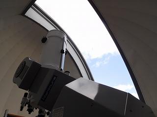 天体観測室をみせていただきました!大きな望遠鏡に大興奮の子どもたち!