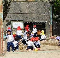 お砂場遊びも子どもたちは大好きです!