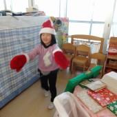 サンタさんの手、大きい!
