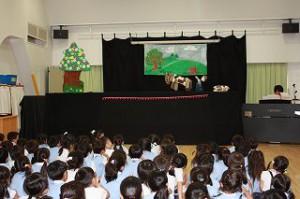 今年の人形劇は「ブレーメンの音楽隊 関西弁バージョン!」 とてもおもしろかったね!