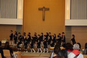 はと・かもめ組合同で歌った「ドコノコノキノコ」は子ども達も大のお気に入り! 呪文みたいな歌詞・少し不思議なメロディライン…! ノリノリダンスで楽しく歌えました♡